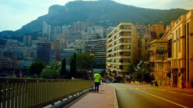 Переезд в Монако